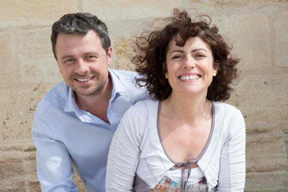 Mélinda et Marc Voyants Médiums Energéticiens Coachs
