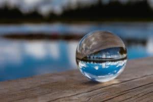 voyance-au-feminin-ch-predictions-boule-cristal