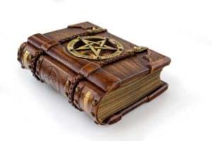 voyance-au-feminin-ch-esoterisme-et-croyances-connaissances
