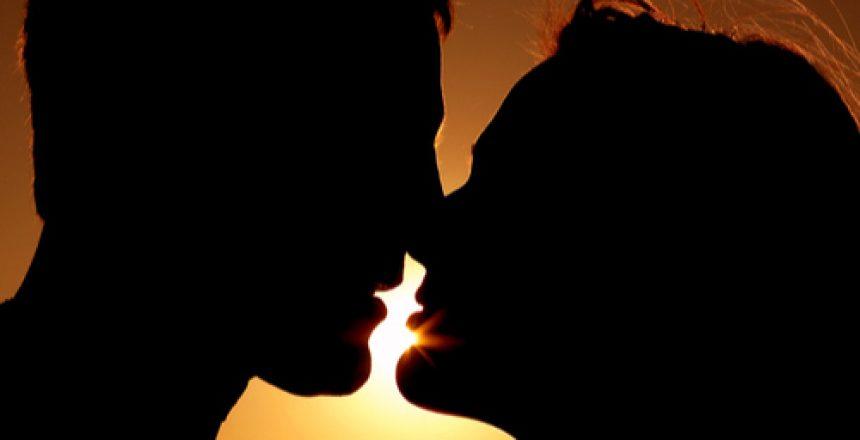 voyance-au-feminin-ch-fil-rouge-amour