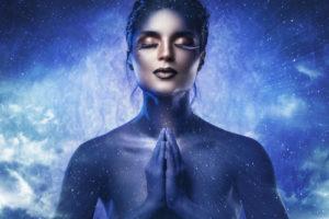 voyance-au-feminin-magie-blanche-amour-univers